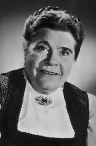 Annie Rosar