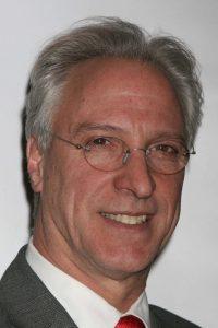 Robert LuPone