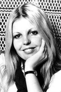 Sally Thomsett