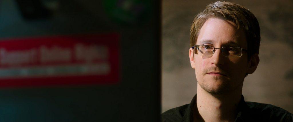 Snowden - 0 - elfinalde