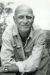 Everett De Roche