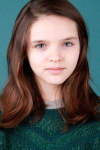 Zoe Arnao